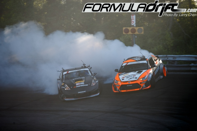 Forsberg (370z) vs Aasbo (tC) for first place. Photo credit: Formula Drift.com